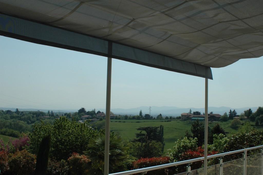 Le plaisir de profiter l 39 ombre d 39 une vue superbe - Faire de l ombre sur une terrasse ...