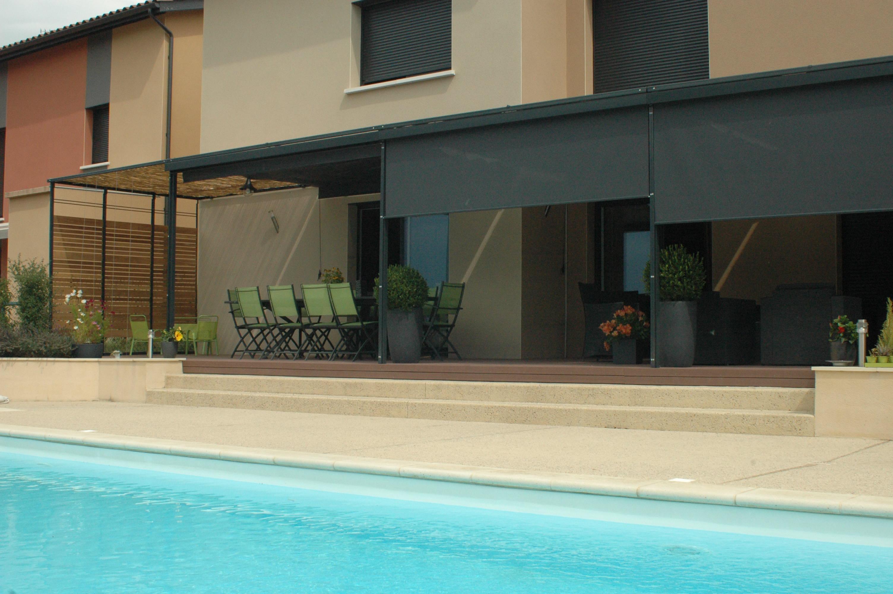 Pergola acier sur mesure l 39 originale design sobre for Store pour terrasse maison