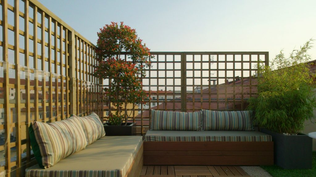 Aménagement de terrasse Exonido : Salon intime et confortable en ...