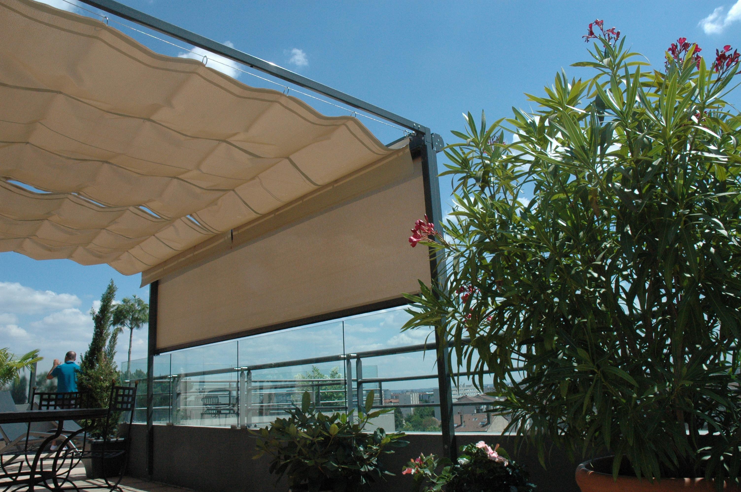 Terrasse de r ve en pleine ville ambiance intime et - Proteger sa terrasse du vent ...
