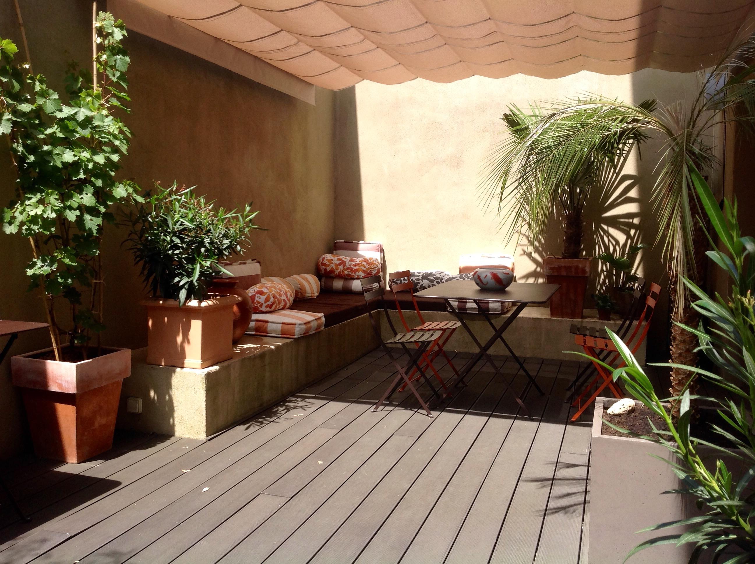 solution pour ombrager terrasse en plein soleil nos ides dco pour installer une pergola. Black Bedroom Furniture Sets. Home Design Ideas