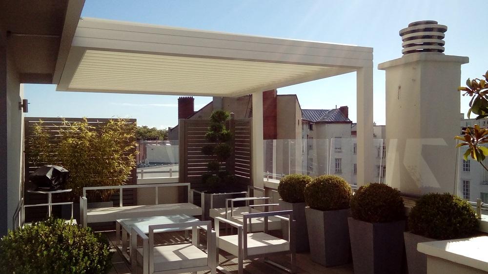 Aménagement de terrasse en ville par Exonido