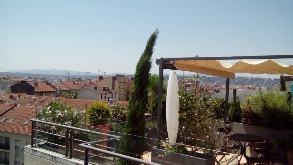 Exonido réalise la conception et la pose d'aménagements de terrasses dans la région de Lyon